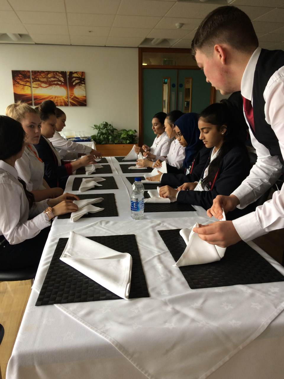 Y10 - Restaurateurs for a day